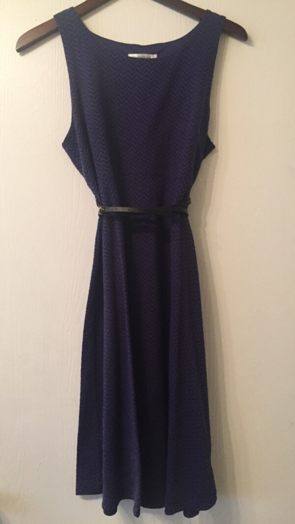 a4e31cc9e37c1 Used Purple boat neck sleeveless long dress -Belt Included for sale in Lake  Bluff - letgo