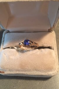 10 carat gold sapphire ring Langley, V3A 9J6