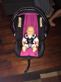Baby trend car seat w/base
