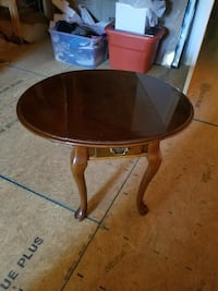 Great Antique coffee table  Chuckey, 37641