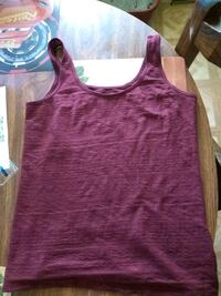 Tank top from kohls  Summerville, 29483