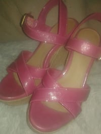 pair of pink leather open toe ankle strap heels Kitchener, N2K 1E9