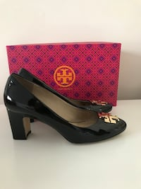 Size:7.5  Tory Burch Black Patent Raleigh Pump Arlington, 22202