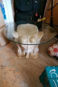 Elephant glass side table Mississauga, L5R 1Y7