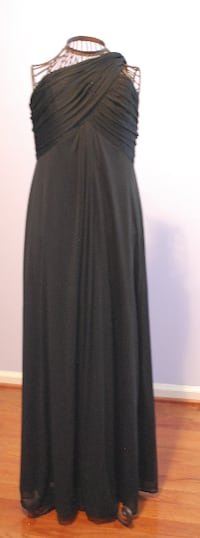 Women's Size 12 Black Prom  Evening Gown HERNDON
