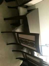 Dining Room Table and 4 chairs Waldorf, 20601