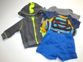 BABY BOY ASSORTED CLOTHES SIZE- NEW BORN TOTAL ITEMS INCLUDED- 5 ITEMS