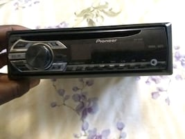 Pioneer detachable car stereo