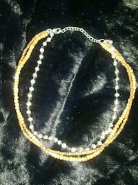 Clear & wood bead necklace Chicago Ridge