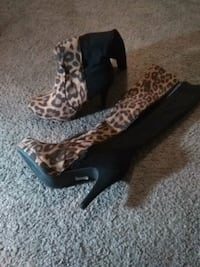Womens boots.