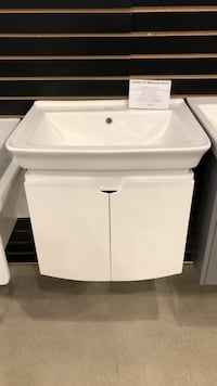 "24"" bathroom vanity Vaughan, L4L 8N6"