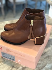 Eric Michael Leather Boots NIB Size 8 Clarksville, 37043