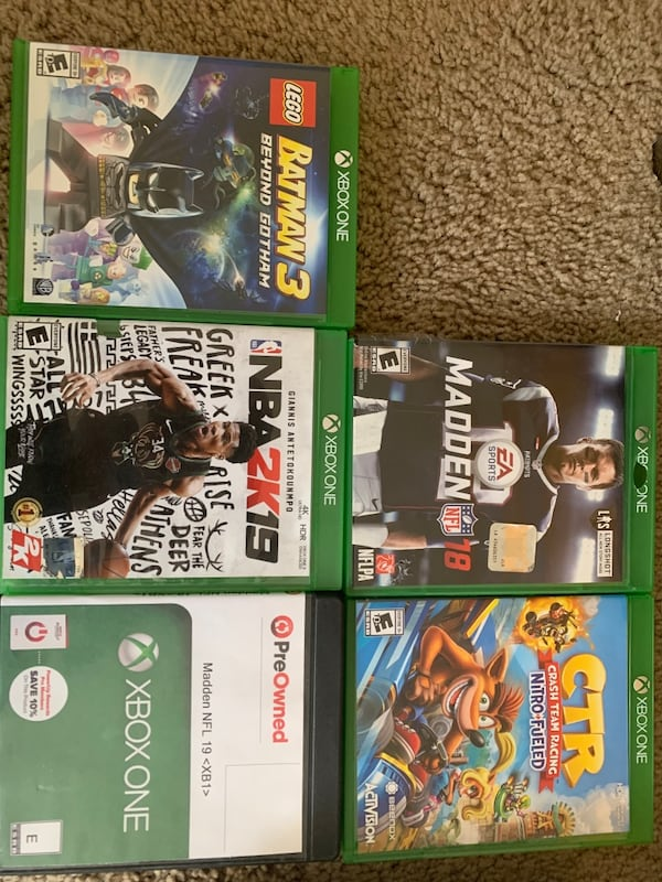 Xbox one s 1tb console w/2 controllers and games 8958ad16-e369-4632-9a62-9ef14b25ed89