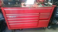 Snap on tool box in great shape also have tools  Tucson, 85713