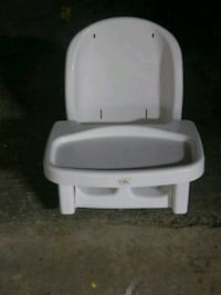 Booster seat/highchair