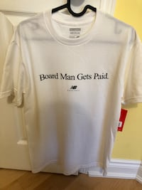 Board man gets paid size medium T-shirt new balance Kawhi Leonard toronto Raptors Markham, L3T 6S7