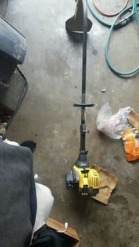 black and yellow string trimmer Creve Coeur, 61610