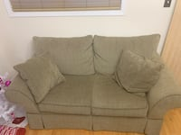 Couches 2 piece Markham, L3S 0A4