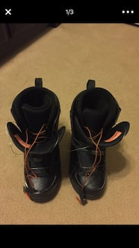pair of black leather snowboard boots screenshot Oceanside, 92057