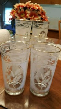Set of 8 glasses with cornflowers and gold rim Winchester, 22601