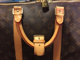 Authentic Louis Vuitton. Keepall 55.