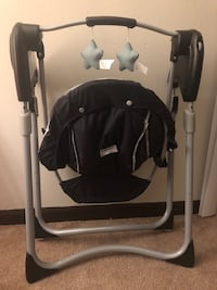 Compactable baby swing never used Newark, 43055