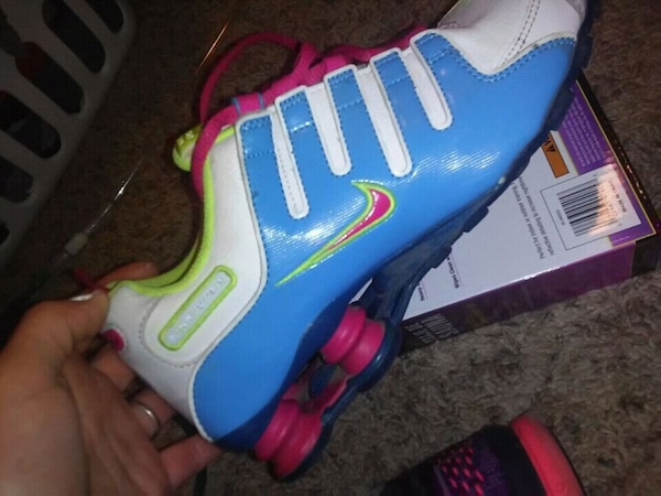 92ef8fa85529 Used blue-and-pink Nike basketball shoes for sale in Norman - letgo
