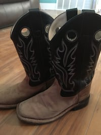 little boys boots size 3-4 San Angelo, 76903