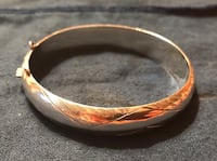 Silver bangle bracelet  Port Coquitlam, V3B 5M6