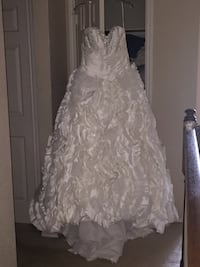Wedding dress Garden Ridge, 78266