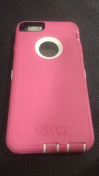 Pink otterbox iphone plus case London, N6G 2C7