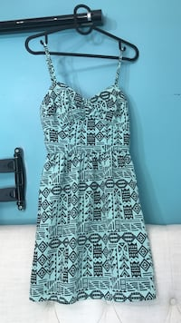 women's white and black sleeveless dress Toronto, M6L 1L1