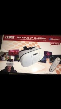 Naxa Holovue VR Glasses Virtual Reality System For Your Smartphone NA-4012 The unit is new but missing remote . I posted the online pic so u can order a remote. Located off lake mead and jones area asking $5.00 Las Vegas, 89108