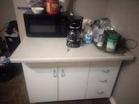 Kitchen island asking 240 OBO good condition  Edmonton, T5T 3W1