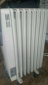 white window-type air conditioner Longueuil, J3Y 4X2
