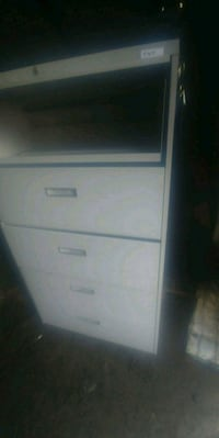 5 drawer lateral file cabinet South Bound Brook, 08880