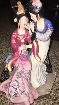 Sisters of Spring Limited Edition Franklin Mint Porcelain Figurine Norco, 92860
