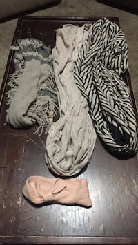 4 assorted scarfs