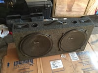 """Dual 15"""" Subwoofers with Box Greenfield, 53221"""