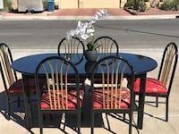 Beautiful Dinning Table With Extension And 6 Chairs  Las Vegas, 89108