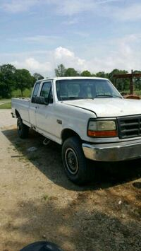 Ford - F-250 - 1997 Louisville, 40229