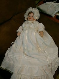girl in white dress doll Statesboro, 30458