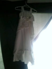 women's white sleeveless dress Edmonton, T6K 1W1