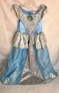 Disney Classics Official Girls Cinderella Costume Size M 7-8 Chicago, 60625