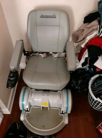 Electric Mobil chair w\charger $200 obo