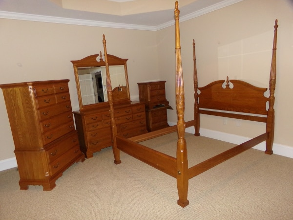 Brukt 6 Pc Rice Carved Poster Oak Bedroom Suite By Sumter Cabinet Co Of Sc Til Salgs I Jefferson