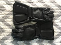 Motorcycle gloves Toronto, M5R 3H2