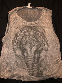 gray and white floral scoop-neck sleeveless shirt Capitol Heights, 20743