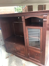 Brown wooden cabinet with shelf Newport News, 23603
