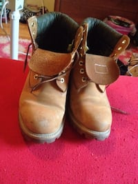 Timberlands men's size 8.5 Calgary, T3K 4A7